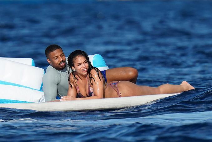 Michael B Jordan và Lori Harvey trong kỳ nghỉ ở Caribbe vào tuần trước.