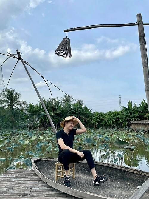 Dương Triệu Vũ bối rối không biết chuẩn bị thế nào vì năm nay là năm duy nhất anh sẽ ở Việt Nam trọn vẹn cả Tết.