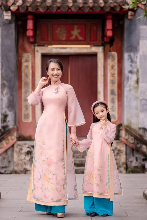Áo dài cho mẹ và bé - 2