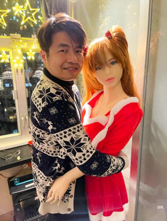 Xie mua Mochi từ năm 2019 và đưa đến sống cùng trong căn hộ ở với bố mẹ tại Hong Kong. Ảnh: Viral Press.
