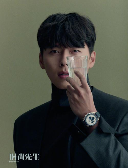Trong những hình ảnh mới, ngôi sao Hàn hút hồn fan với gương mặt chuẩn từng góc độ.