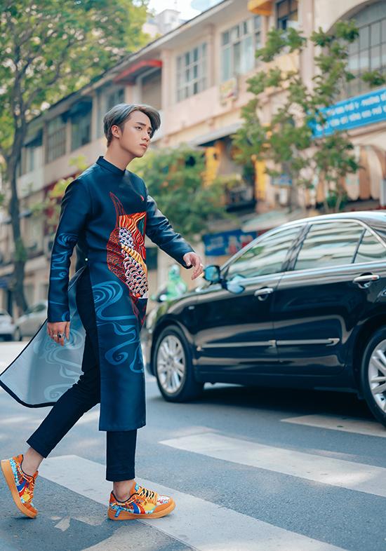 Hot boy Hải Đăng Doo phối áo dài với giày sneaker - 14