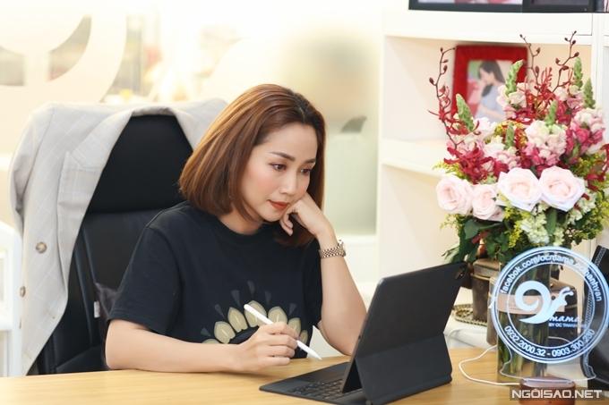 Diễn viên - MC Ốc Thanh Vân.