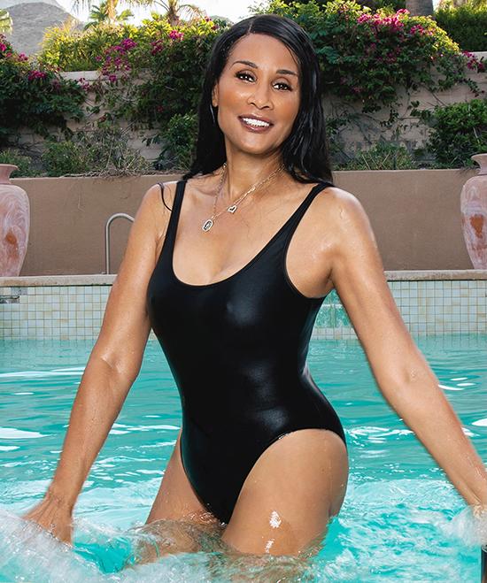 Beverly Johnson, 68 tuổi  Cựu người mẫu mới được bổ nhiệm làm đại sứ của một thương hiệu mỹ phẩm chăm sóc da.