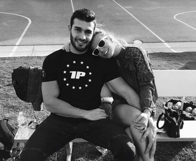 Sam mong Britney được xây dựng tương lai bình thường và hạnh phúc bên anh.