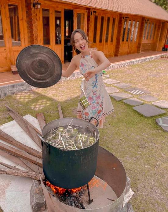 [Caption] bánh chưng ở nhà vườn đồng nai bánh bé... tự gói, hôm sau nhà bánh tét nem