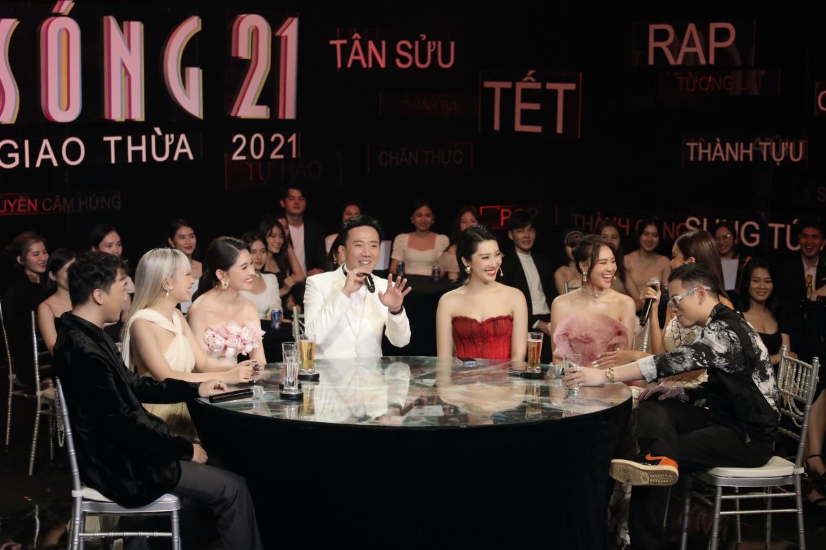 Sóng 21 sẽ phát sóng lúc 20h ngày 11/2 trên kênh HTV2.
