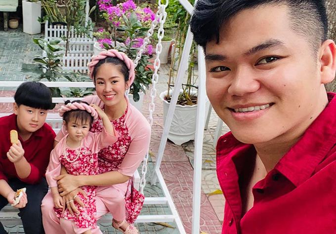 Gia đình Lê Phương chủ yếu sống ở TP HCM nhưng vẫn thường xuyên về miền Tây thăm bố mẹ hai bên. Bé Cà Pháo từ nhỏ đã ở với ông bà nên rất gắn bó với đồng quê. Nữ diễn viên gần đây đưa con trai lên thành phố học và ở cùng mình.