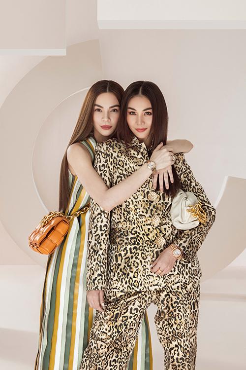 Thanh Hằng và Hà Hồ phối trang phục ton-sur-ton với phụ kiện Bottega Veneta và đồng hồ Chopard