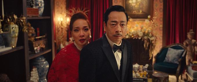 NSND Hoàng Dũng và NSND Lê Khánh đóng vai tình nhân trong Gái già lắm chiêu V.
