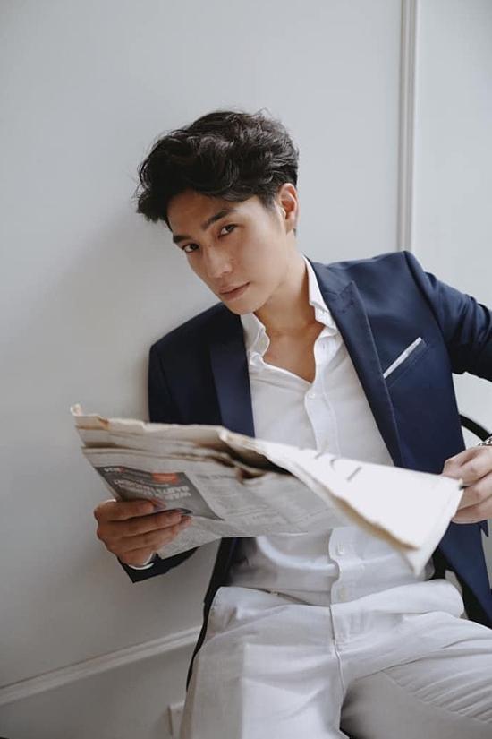 Bạn trai tin đồn của Ngô Thanh Vân sở hữu ngọai hình soái ca, mái tóc lãng tử. Nhờ vậy, anh còn đắt show chụp lookbook, đóng MV.