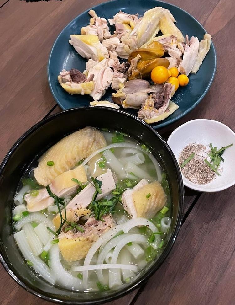 Nui gà của Tóc Tiên.