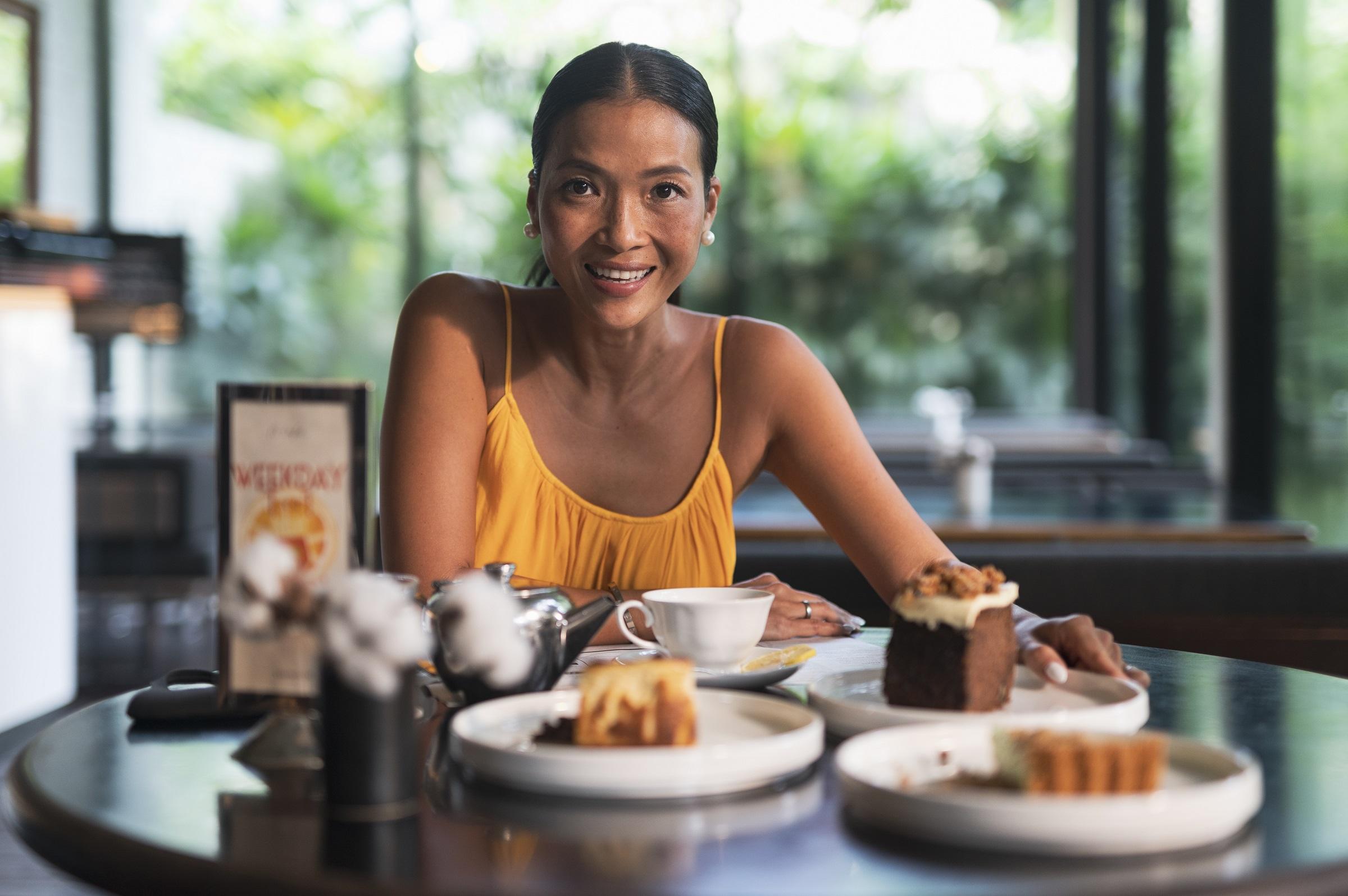 Những món bánh ngọt là lý do khiến Bằng Lăng yêu thích nơi này, bên cạnh không gian xanh mát, yên tĩnh, tách biệt với sự ồn ào, náo nhiệt của phố thị.