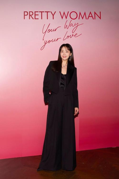 Choi Ji Woo dự sự kiện đầu tháng 2 với nhan sắc nổi bật.