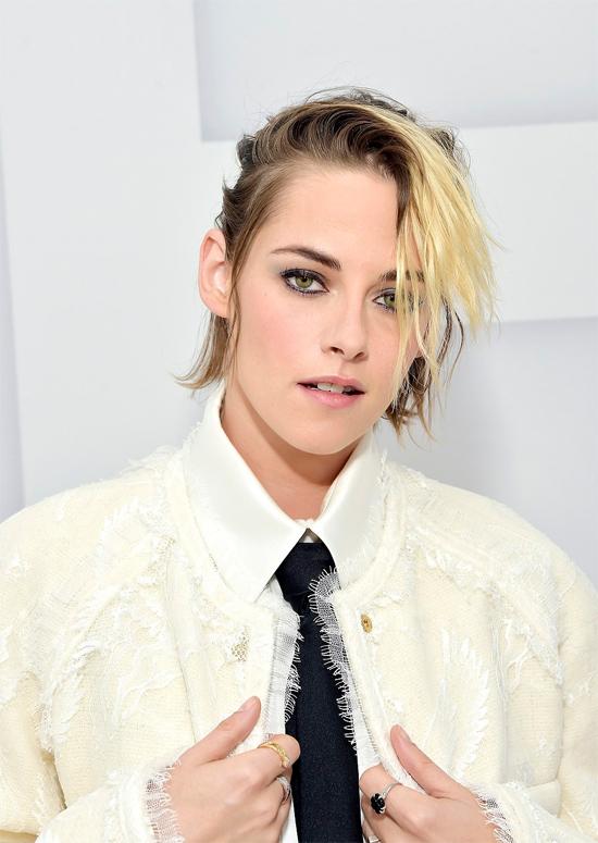 Mặc dù đã sở hữu ba ngôi nhà triệu đô ở Los Angeles, New York và Malibu, Kristen Stewart vẫn mua thêm một biệt thự 6 triệu USD vào đầu năm nay.
