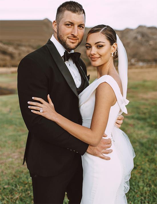 Cầu thủ Tim Tebow đã quyết tâm giữ trinh tiết cho người vợ tương lai của mình. Ngôi sao bóng bầu dục Mỹ muốn tìm một cô gái yêu anh thực sự chứ không phải vì sex hoặc danh tiếng của anh. Năm 2018, Tim rất hạnh phúc khi gặp được ý trung nhân của đời mình là Hoa hậu Hoàn vũ 2017  Demi-Leigh Nel-Peters. Sau hai năm hẹn hò, họ tổ chức lễ cưới vào tháng 1/2020.