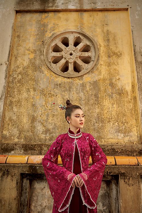 Nữ người mẫu mong muốn cùng đàn anh thực hiện bộ sưu tập tái hiện non sông gấm vóc và con người Việt Nam để có cơ hội mang ra quốc tế.