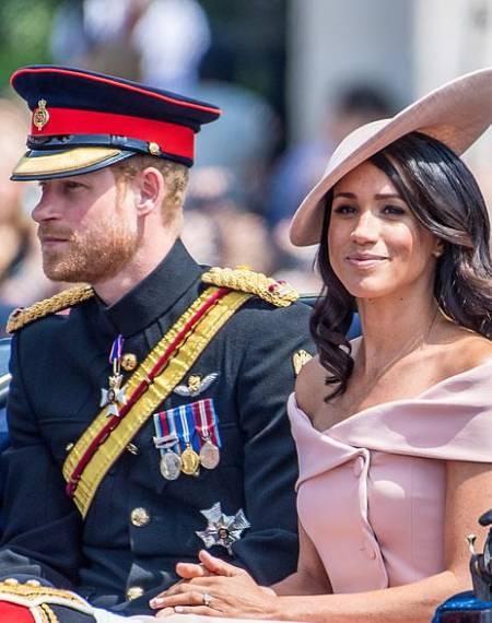 Vợ chồng Harry - meghan trong sự kiện mừng sinh nhật nữ hoàng hồi tháng 6/2018. Ảnh: Mega.