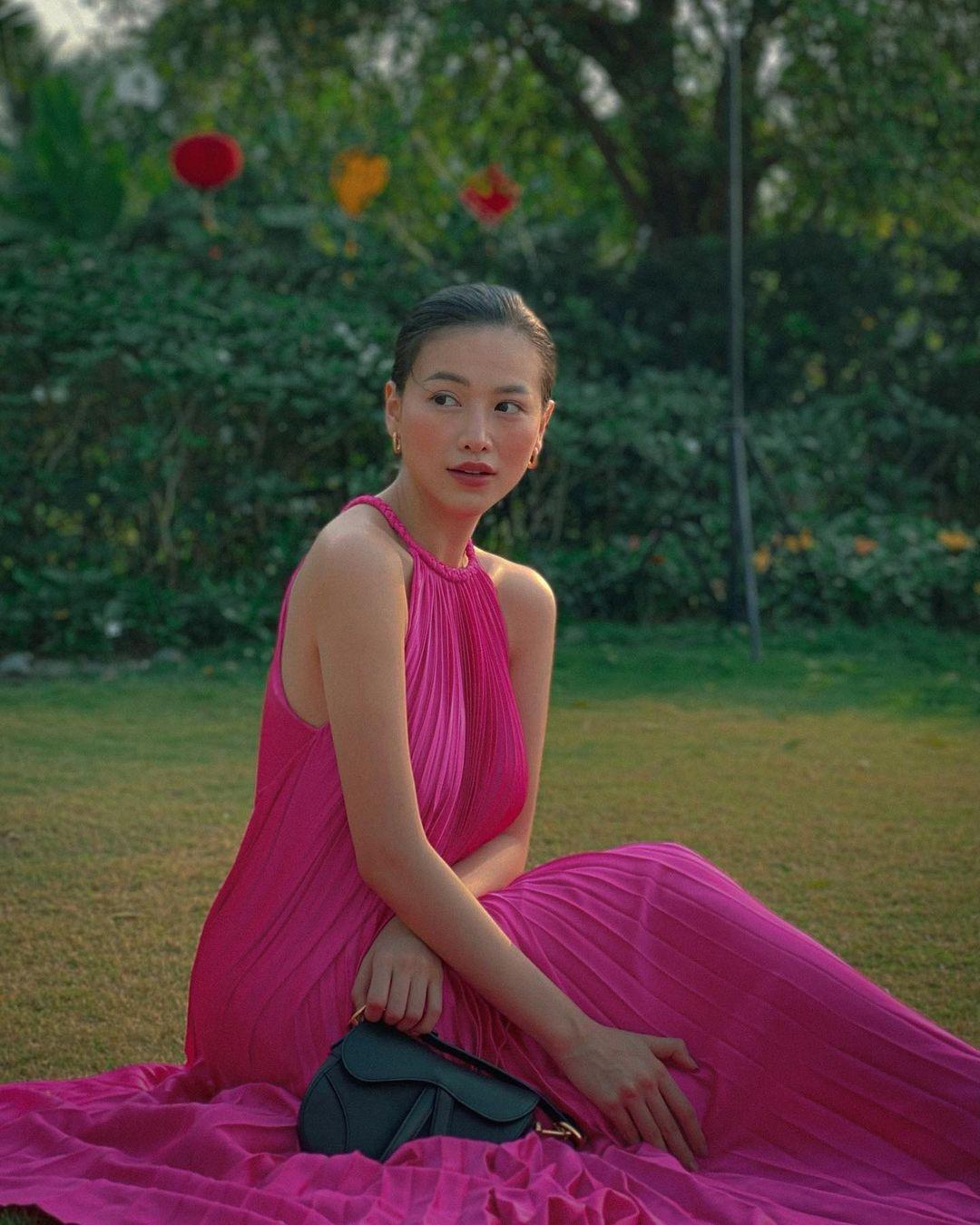 Phương Khánh hiện ít tham gia hoạt động showbiz, cô nàng làm nhiều video chia sẻ về bí quyết làm đẹp, chăm sóc da...