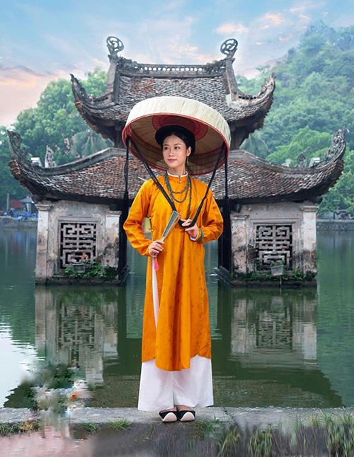 Hoàng Phượng hay vào vai người phụ nữ Việt xưa.