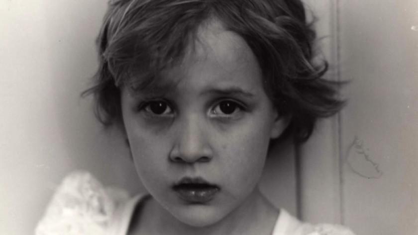 Dylan Farrow lúc nhỏ.