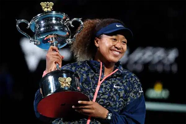Tân vô địch Australia Mở rộng Naomi Osaka lần thứ tư đăng quang ở Grand Slam. Ảnh: Reuters.