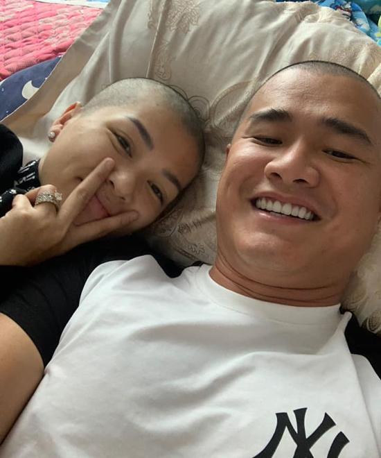Vợ chồng Oanh Yến cùng xuống tóc - 14
