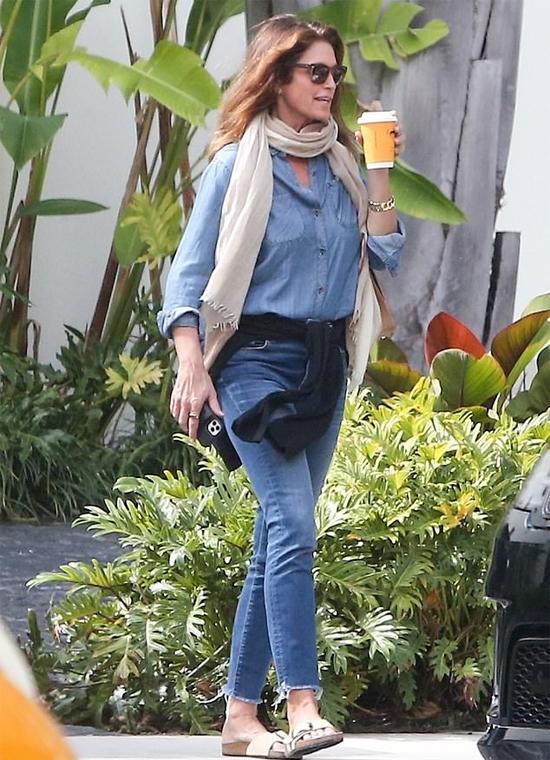 Cindy Crawford svorio netekimas lieknėja platūs klubai