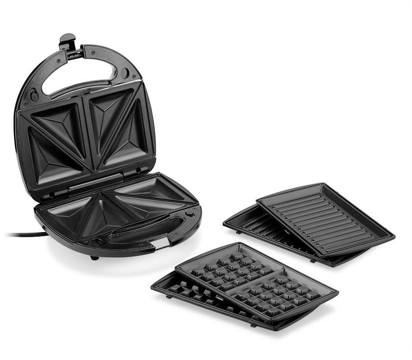 Máy làm bánh 3 trong 1 Tiross TS513 với ba loại vỉ nướng đi kèm, có thể làm các loại bánh khác nhau như sandwich, waffle, bánh quy, bánh trứng... hoặc dùng nướng thức ăn trực tiếp ngay trên vỉ. Vỏ máy làm từ chất liệu chịu nhiệt bền, tay cầm cách nhiệt. Khuôn tráng men chống dính, bánh không bị cháy đen và dễ vệ sinh. Sản phẩm có giá giảm 30% còn 624.000 đồng (giá gốc 890.000 đồng).