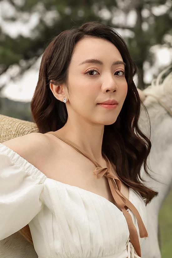 Thu Trang cũng mong sớm sinh thêm con gái để gia đình đủ nếp đủ tẻ. Hiện gia đình cô có một con trai tên Andy, năm nay 9 tuổi.