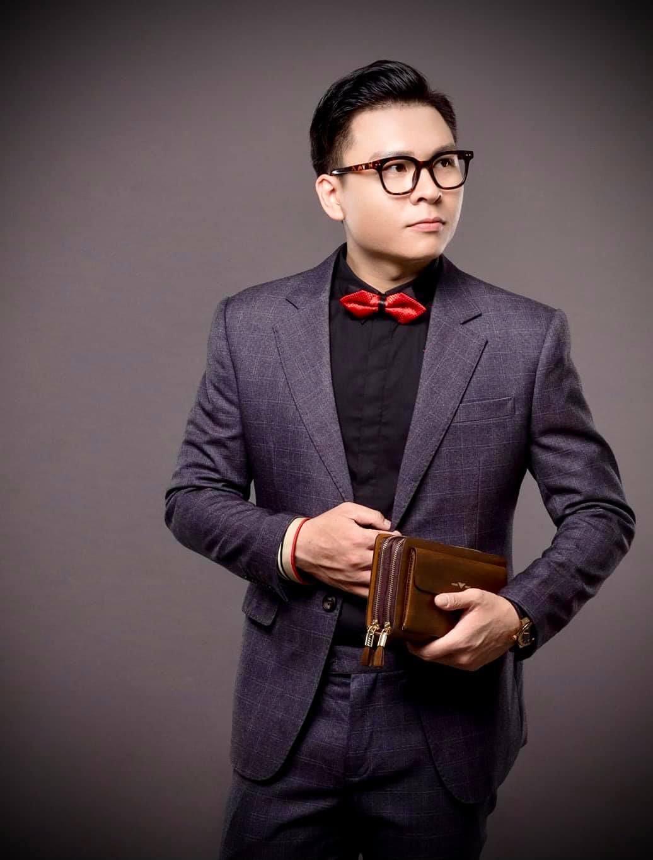 MC Thanh Liêm từng vừa học vừa làm để trau dồi kiến thức, theo đuổi đam mê.