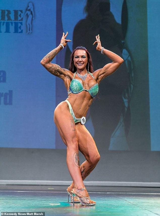 Thời điểm đi thi thể hình cô ăn theo chế độ riêng với 6 bữa mỗi ngày có hàm lượng protein rất cao để xây dựng cơ bắp.