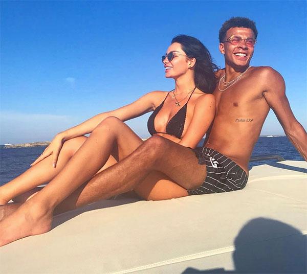 Cặp đôi cùng 24 tuổi từng cùng nhau trải qua nhiều kỳ nghỉ khắp các địa điểm du lịch nổi tiếng trong 4 năm bên nhau. Ảnh: Instagram.