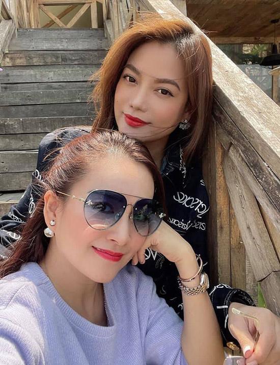 Anh Thơ - vợ Bình Minh - có mối quan hệ như tri kỷ với Trương Ngọc Ánh. Chính diễn viên Hương Ga là người se duyên cho Bình Minh và Anh Thơ đến với nhau.