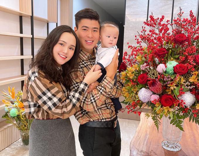 Vợ chồng Duy Mạnh và con trai trong kỳ nghỉ Tết Nguyên đán 2021. Ảnh: DM.