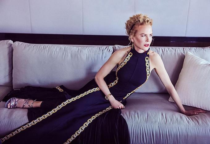 Nicole Kidman: Cảm ơn Louis Vuitton và giám đốc sáng tạo Nicolas Ghesquiere đã mang một chút hào nhoáng trở lại trong cuộc sống của tôi. Tôi đã không làm điều này trong một thời gian dài.