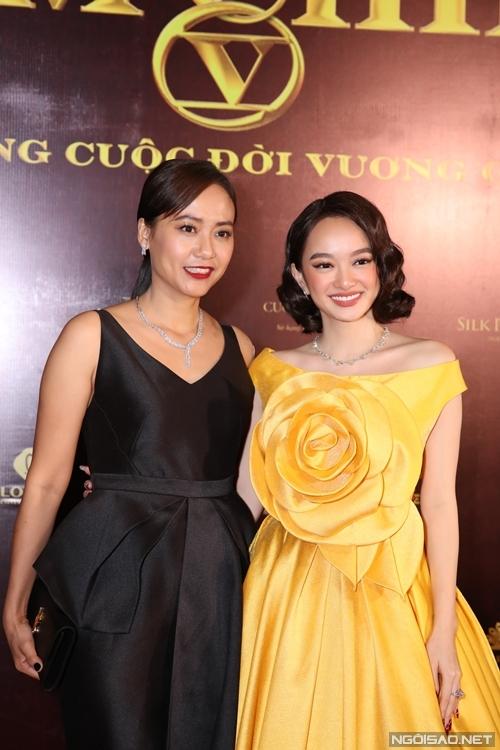 Diễn viên - nhà sản xuất Hồng Ánh mừng vai diễn viên mới của Kaity Nguyễn.