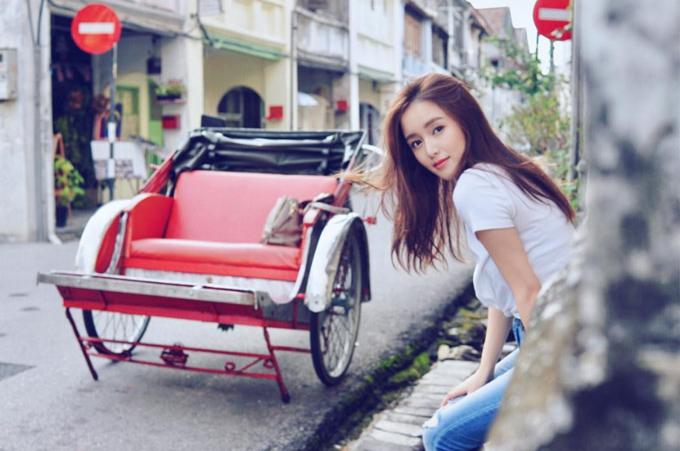 Đời vi vu của nữ thần TVB chân ngắn cặp đại gia - 18