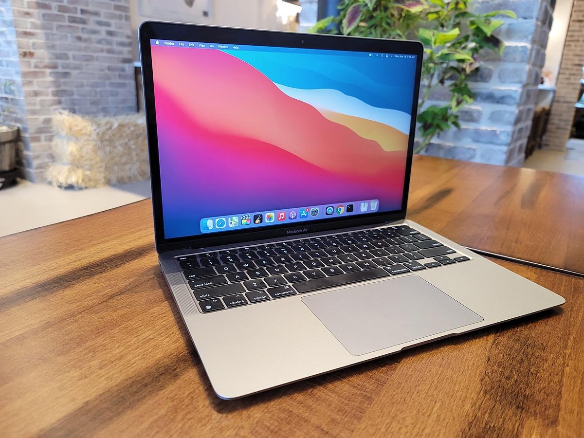 Thiết kế Macbook Air M1. Ảnh: TechCrunch