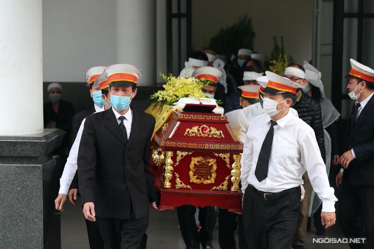Nghệ sĩ Trần Hạnh qua đời lúc 2h50 sáng 4/3, hưởng thọ 92 tuổi. Đến sang 6/3, tang lễ của ông được tổ chức