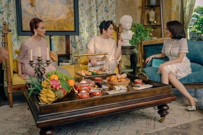 NSND Lê Khanh, NSND Hồng Vân và Kaity Nguyễn trong phim Gái già lắm chiêu V.