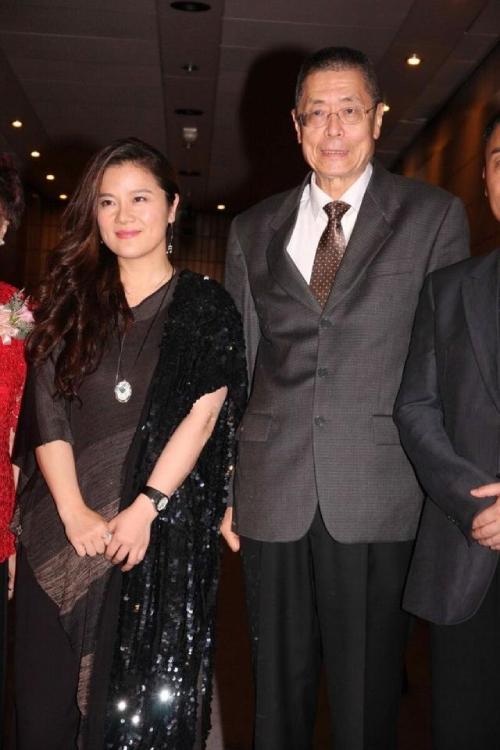 Vợ chồng ông Lưu Thi Côn và Tôn Dĩnh.