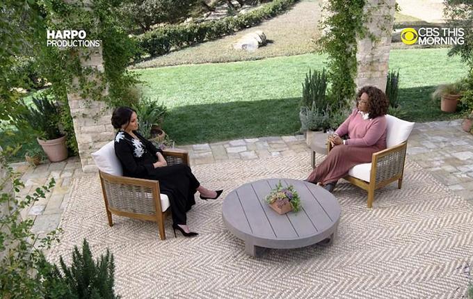 Meghan trả lời phỏng vấn của Oprah Winfrey. Ảnh: CBS.