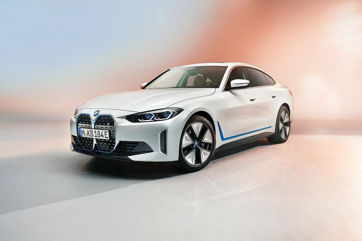 BMW i4 ra mắt thị trường quốc tế.
