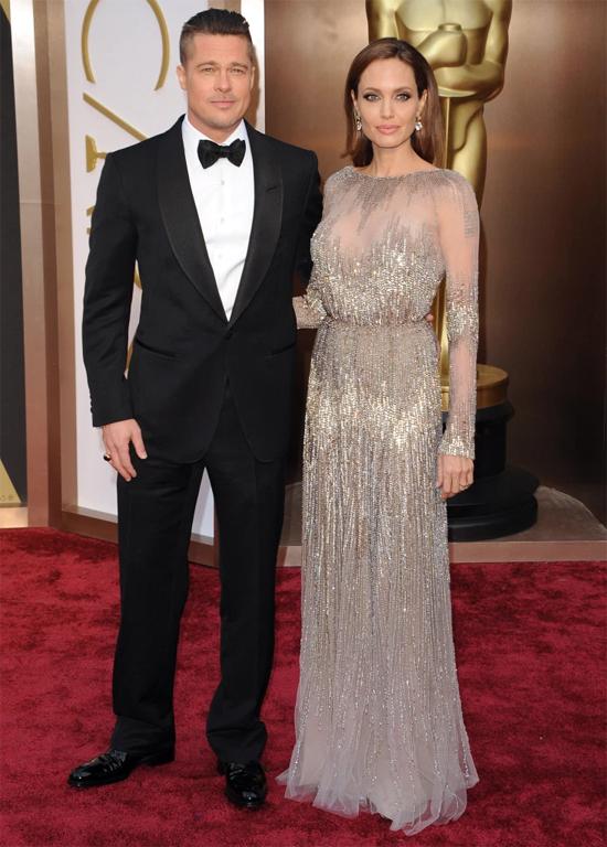 Jolie-Pitt từng hẹn hò mặn nồng 9 năm nhưng ly hôn sau 2 năm tổ chức lễ cưới.