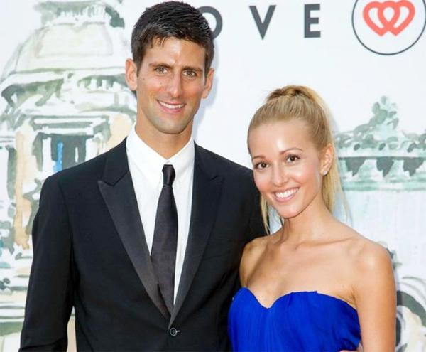 Djokovic và bà xã Jelena gắn bó gần 20 năm nay. Ảnh: Instagram.