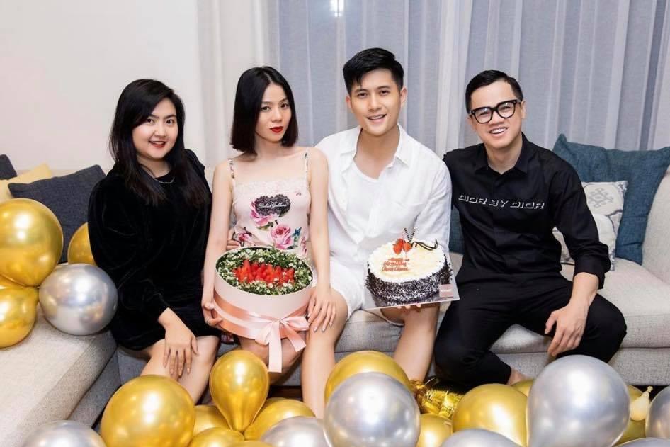 Ngày sinh nhật của tình trẻ, Lệ Quyên và bạn bè lừa anh đến Long Hải để bi mật tổ chức tiệc. Lâm Bảo Châu bày tỏ sự bất ngờ, vỡ òa cảm xúc.