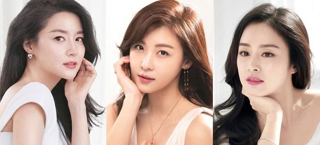 Từ trái qua phải: Lee Young Ae,