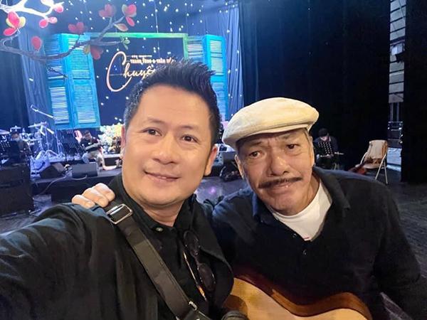 Bằng Kiều vui khi được hội ngộ nhạc sĩ Trần Tiến trong một show diễn ở Hà Nội.
