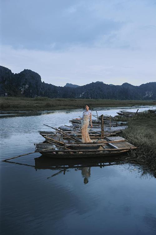 Hồng Nhung đụng váy các mỹ nhân Việt - 4